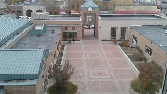 The H Hotel: view of the courtyard