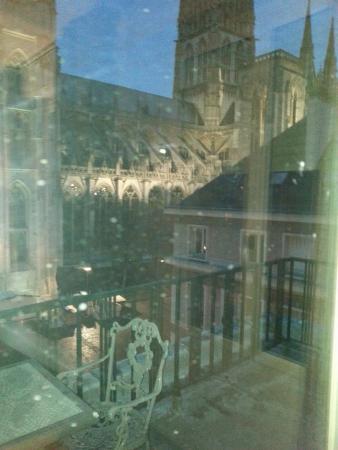 Hotel le Cardinal : Vu sur cathédrale