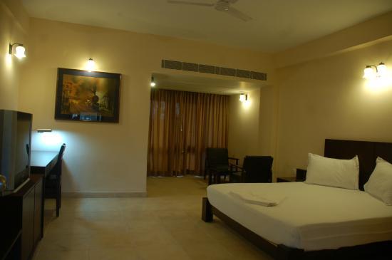 Ajoy Minar Hotel
