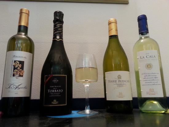 Au Pou Qui Tousse : vins blancs sardes