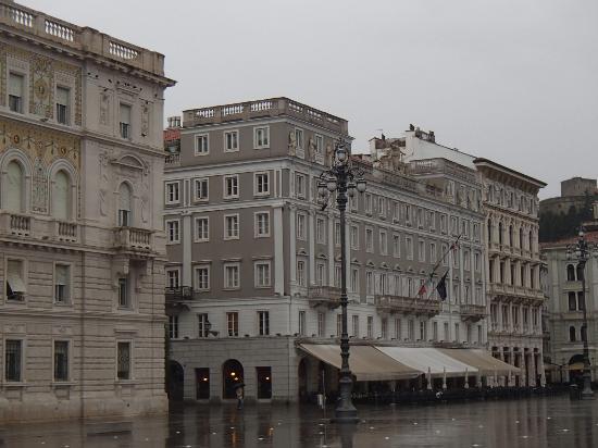 Caffe degli specchi foto di piazza dell 39 unit d 39 italia - Caffe degli specchi ...