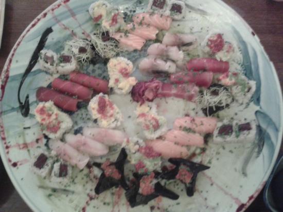 Kaiseki Sushi : Plat de maki sashimi