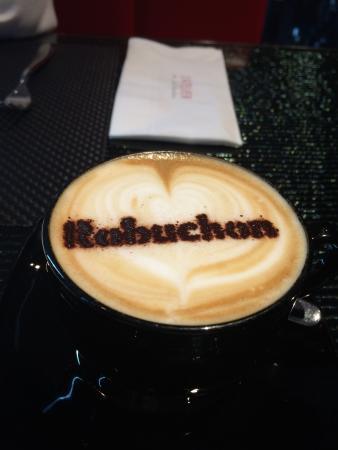 LE CAFÉ de Joël Robuchon