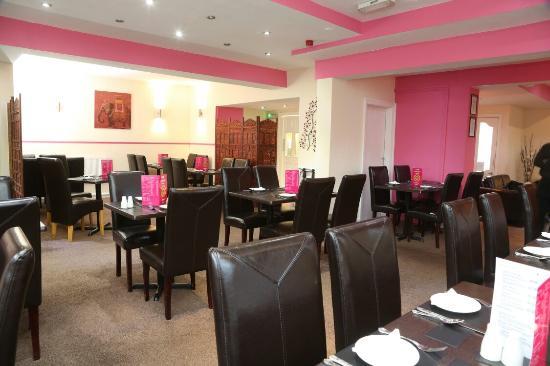 Pink Fusion Lounge: Restaurant