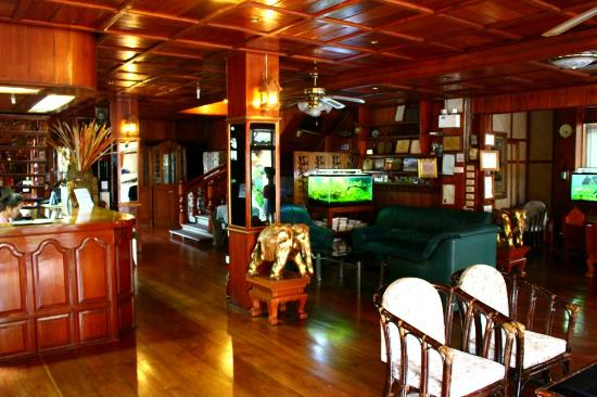 Panorama Hotel : Lobby
