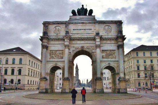 Siegestor / Триумфальная арка