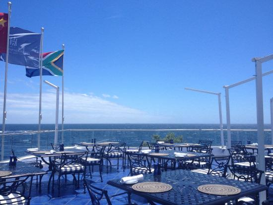 Azure Restaurant: Lunch with a view