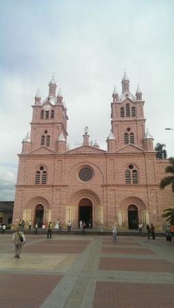 Basilica de Nuestro Senor de Los Milagros de Buga