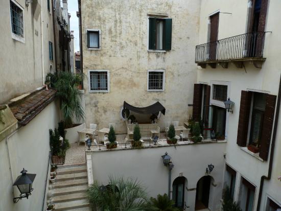 Palazzo Paruta: terrasse vue de la chambre