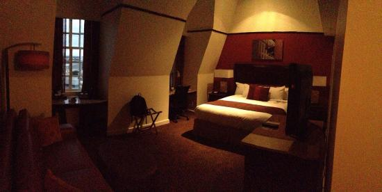 The Emily Morgan Hotel - a DoubleTree by Hilton: 14th Floor Room.