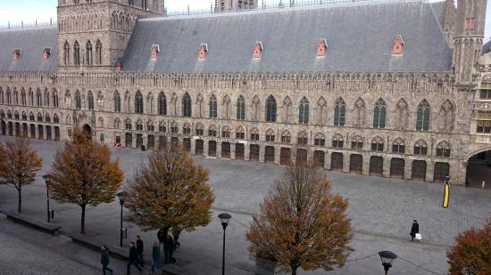Hotel O Ieper - Grote Markt: Cloth Hall
