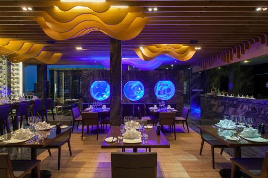 Ruffino Restaurant & Lounge