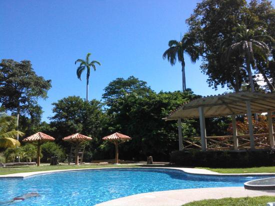 Hotel Posada La Bokaina: Piscina
