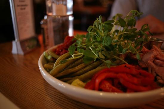 Byron Freehouse: Italian Cobb Salad