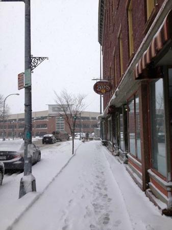 Market Block Books: River Street Entrance