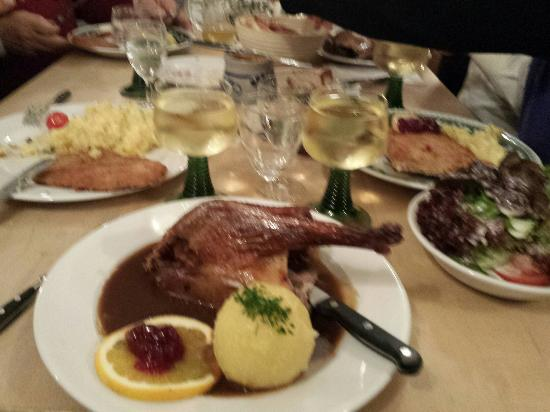 Brauereigasthof Hotel Aying : Goose dinner at the beer hall