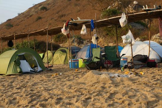 Cabo Ledo: the camping