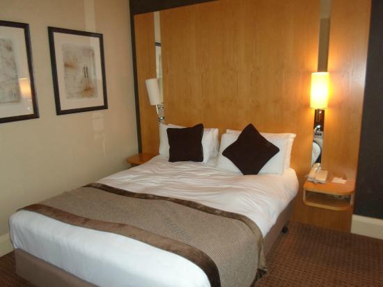 Crowne Plaza Hotel London Ealing: chambre