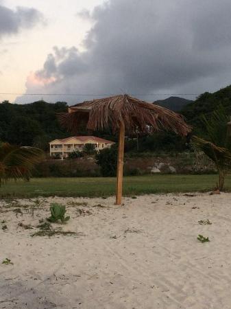 Agave Landings : la casa, vista dalla spiaggia