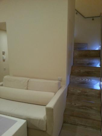 Nottingham Place Hotel London Marylebone : stairs from lounge to bedroom