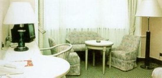 Hotel Barbara Garni : Guest Room