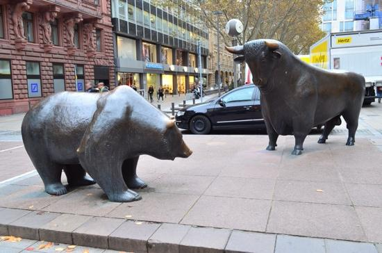 Stock Exchange (Borse) : Bull & bear.
