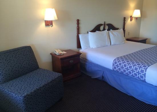 Rodeway Inn Corpus Christi: room
