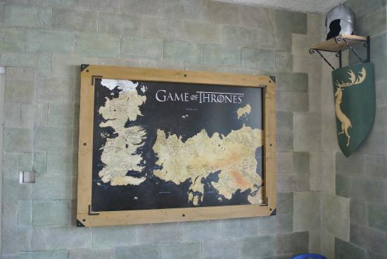 The Fullerton Arms : Game of Thrones Lounge