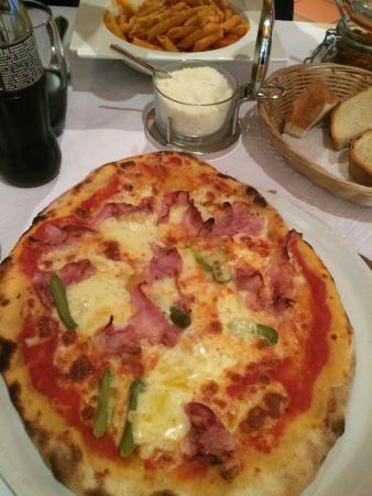 La Puccia: Pizza raclette