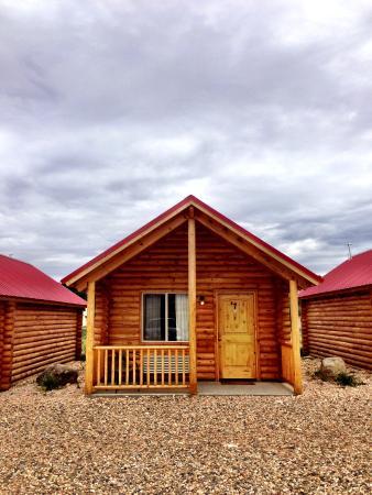 Bryce Canyon Log Cabins: 1