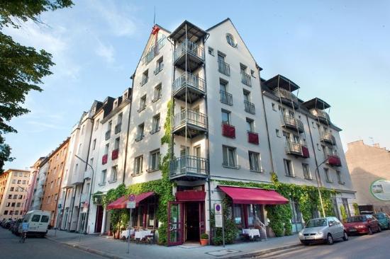 Hotel Prinz: Exterior View
