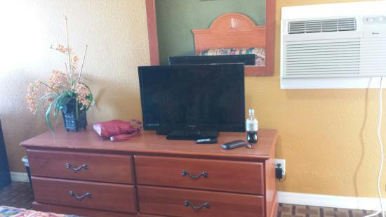 San Marina Motel: Flat screen tv