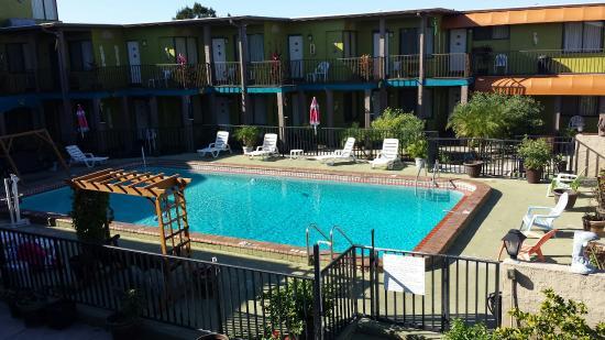 San Marina Motel: Pool