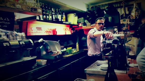 Le Gavroche: Très  bel endroit, accueil au top, des gens gentil, de la bonne  cuisine  :) :)