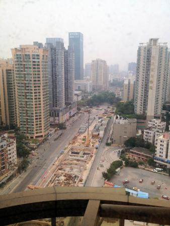 Asta Hotel Shenzhen: View from public balcony on 18th floor