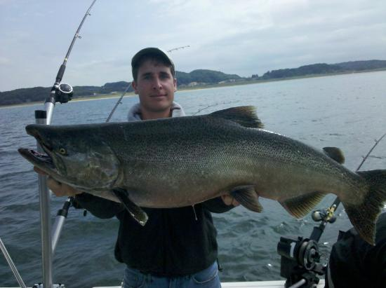 Macatawa, มิชิแกน: Lake Michigan Salmon Fishing