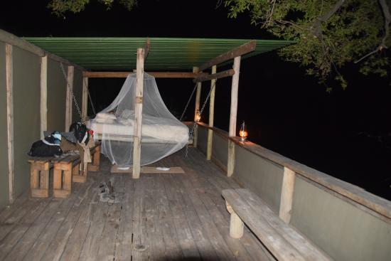 Wilderness Safaris DumaTau Camp: Sleep out