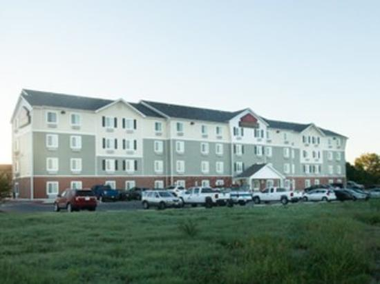 WoodSpring Suites San Antonio I-35 North : Exterior