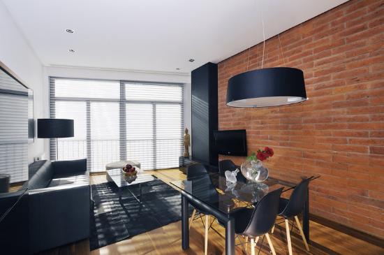 Suites Avenue: DeluxeApartment