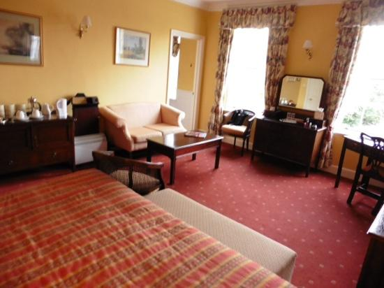 Corse Lawn House Hotel : standard double room