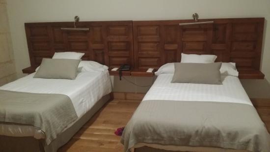 Hotel Real Colegiata de San Isidoro: Habitacion doble