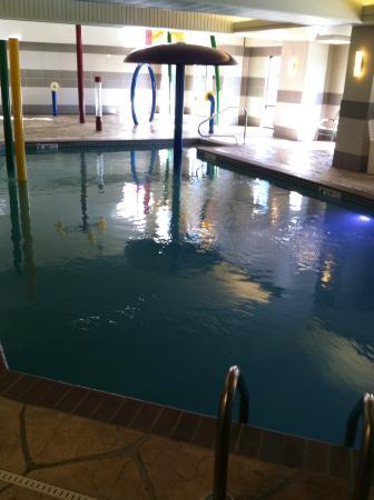 Comfort Suites: kids loved the pool and splash pad