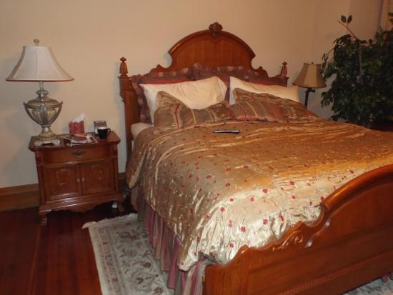 Fleur-De-Lys Mansion: Comfy bed