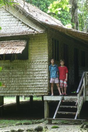 Tetepare Island Eco-lodge: leaf-house accomodation