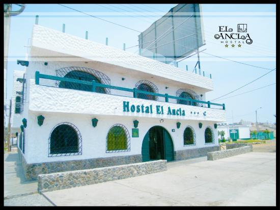 Hostal El Ancla: Fachada 2