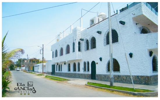 Hostal El Ancla: Fachada 3