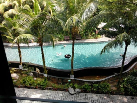 Pool picture of siloso beach resort sentosa sentosa - Siloso beach resort swimming pool ...