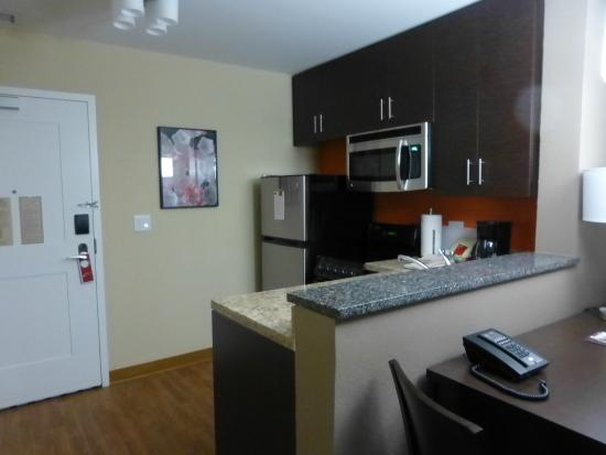 2 Bedroom Suite Kitchen - Picture of TownePlace Suites by Marriott ...