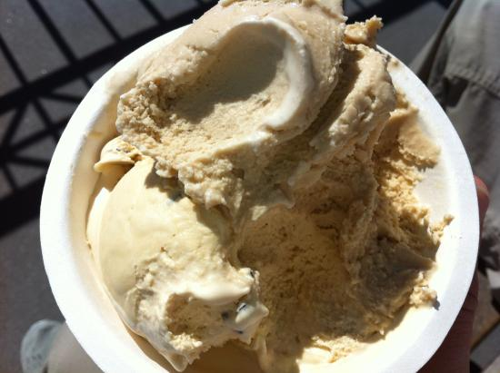 Humphry Slocombe: enjoy outside while enjoying view of the bay