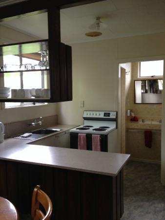 Greenacres Chalets And Apartments: Kitchen
